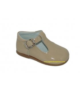 Zapato pepito charol arena